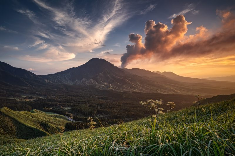 The red volcanic smoke